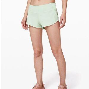 Lululemon shorts size 6 NWT